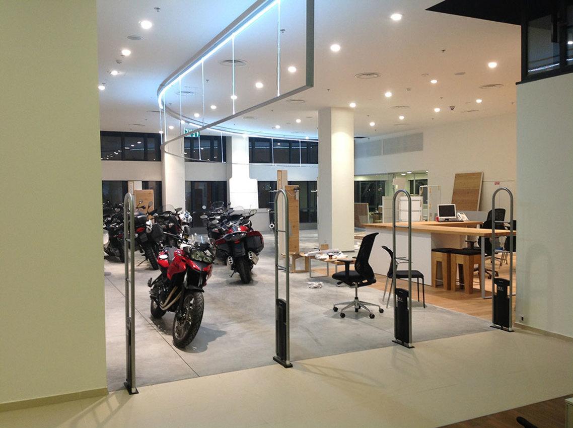 BMW – אולם תצוגה המסגר